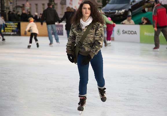 vestida para patinar