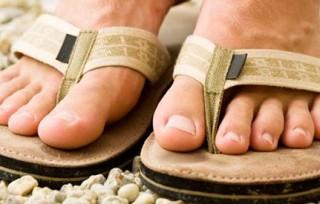 Pedicura para hombres, cómo cuidar los pies masculinos